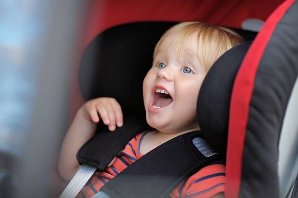 Het gevaar van autostoeltjes en kinderstoeltjes